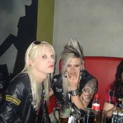crashdiet in athens!!!!